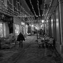 Rue des Deux Portes un soir de fête