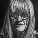 Portrait sur papier noir