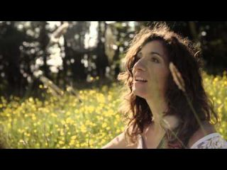 Elodie Milo - LITTLE BIRD Official Video