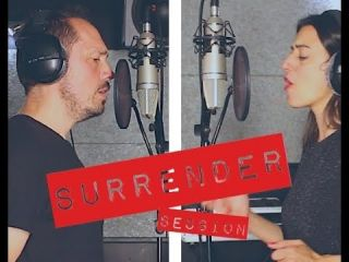 surrender session studio oscillo