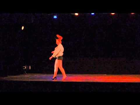 """concours FFD 2014 """"sans son sang senestre"""" Cassandre Battail solo Juliette Vinay"""