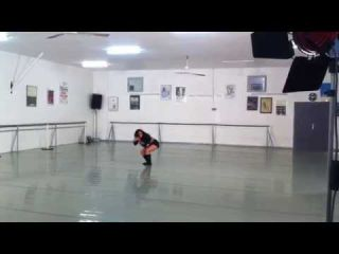 """Solo """"Pour un Envol..."""" par Elithia MK - (""""Danse Macabre"""" - Camille St Saens) 2014"""