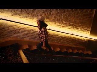 Jikaëlle - Un jour différent (clip)