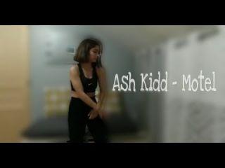 Ash Kidd - Motel W/Fanny MvM danse