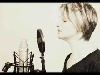 ♫ Hello - Adele ♫ (Cover by Pascale )