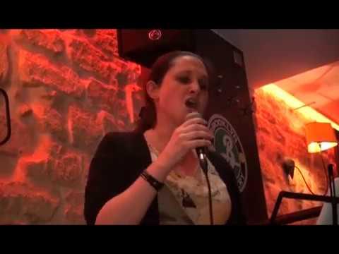 """""""Parle moi"""" Lena en concert live au Café du Châtelet 26 Octobre 2016"""