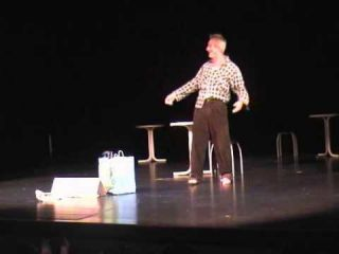 Paparazzi - Monologue du Clochard ( M. Visniec)